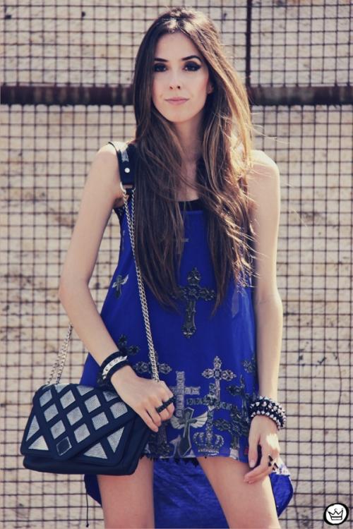 FashionCoolture - 26.12.2012 Labellamafia mullet cruz crucifixo blue Kafé Asos outfit look  (6)