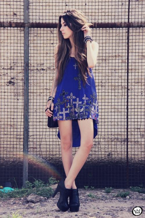 FashionCoolture - 26.12.2012 Labellamafia mullet cruz crucifixo blue Kafé Asos outfit look  (7)