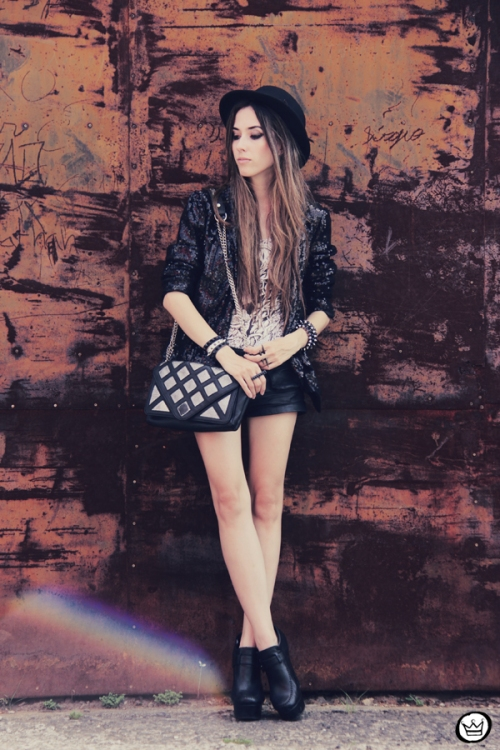 FashionCoolture 27.12.2012 black sequins blazer bag Zara shoes Asos hat Lovelly Sally (7)