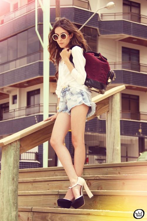 FashionCoolture Catarina a Porter Itapema Gabriela Faraco Bruna Starling Ziann short jeans camisa branca (9)