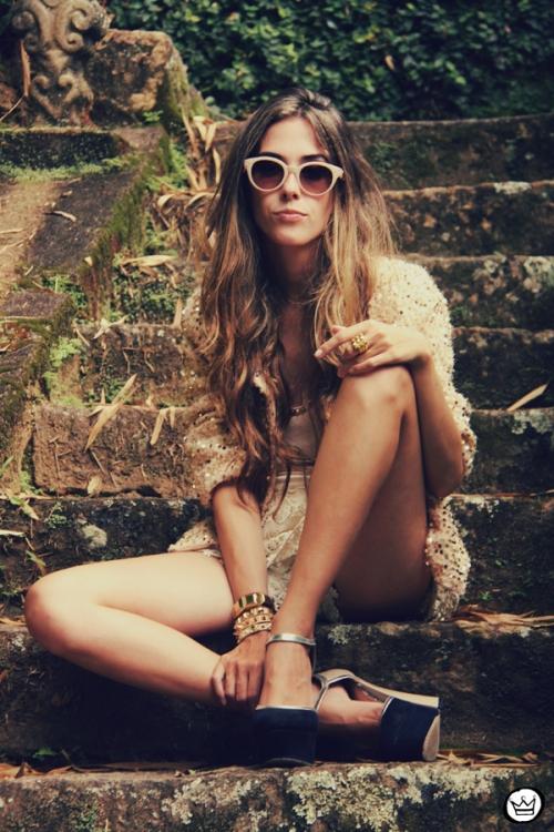 FashionCoolture 09.01.2013 look du jour sequins nude lace shorts Asos Spektre sunglasses hair ombre outfit (1)