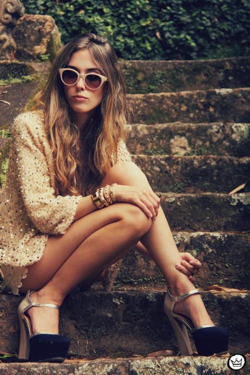 FashionCoolture 09.01.2013 look du jour sequins nude lace shorts Asos Spektre sunglasses hair ombre outfit (5)