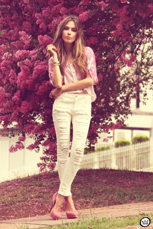 FashionCoolture - 17.02.2013 look du jour Labellamafia cross cropped white jeans destroyed Romwe Kafé] (1)