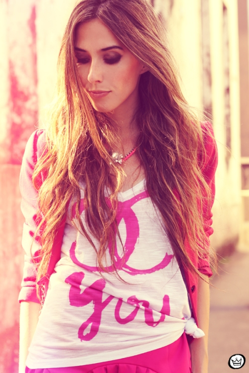 FashionCoolture - 31.01.2013 look du jour pink skirt Romwe Aluska t-shirt Asos Chanel (5)
