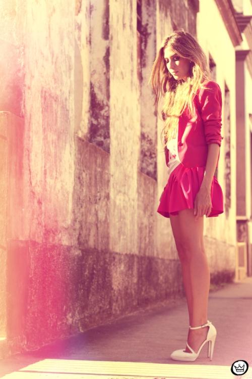 FashionCoolture - 31.01.2013 look du jour pink skirt Romwe Aluska t-shirt Asos Chanel (6)