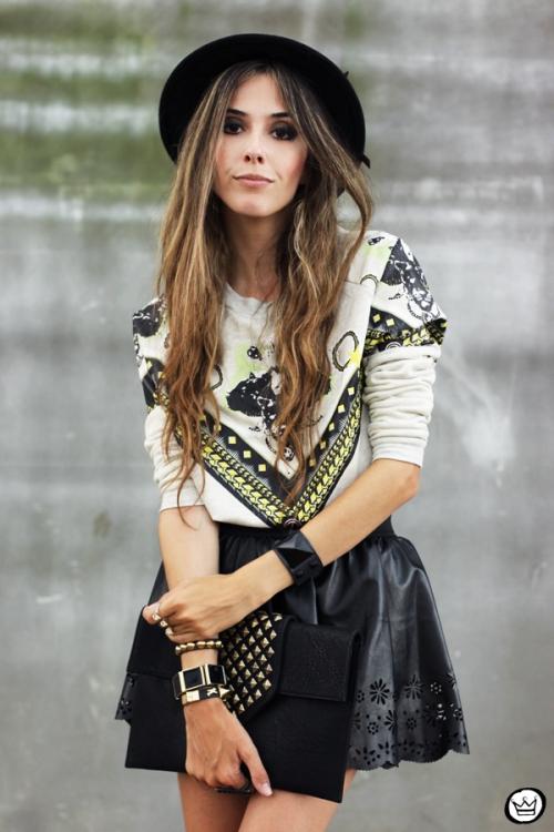 FashionCoolture - 03.02.2013 look du jour Awwdore jumper moletom hat Asos Romwe clutch (5)