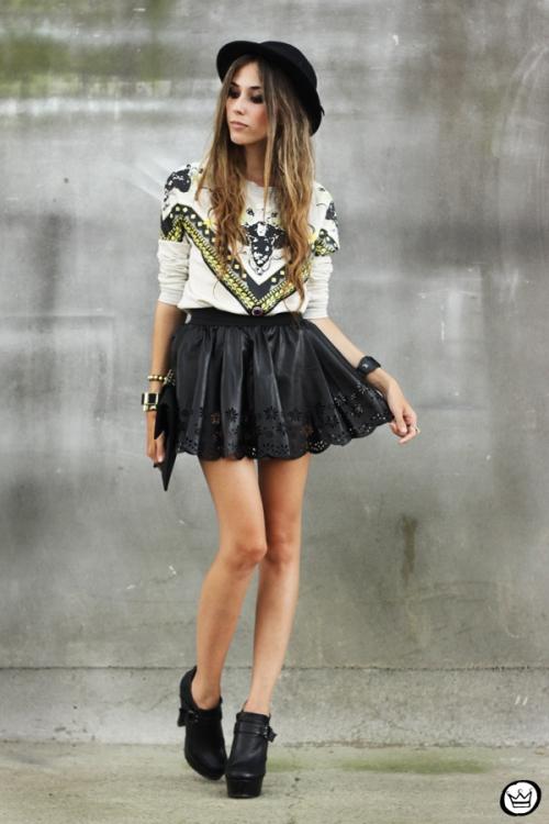 FashionCoolture - 03.02.2013 look du jour Awwdore jumper moletom hat Asos Romwe clutch (7)