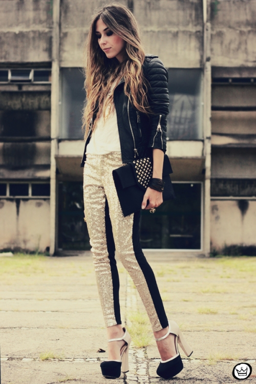FashionCoolture - 07.02.2013 look du jour sequins pants Romwe clutch Boda Skins leather jacket Kafé Bracelets Asos (1)