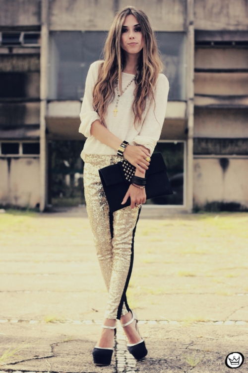 FashionCoolture - 07.02.2013 look du jour sequins pants Romwe clutch Boda Skins leather jacket Kafé Bracelets Asos (4)