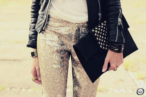 FashionCoolture - 07.02.2013 look du jour sequins pants Romwe clutch Boda Skins leather jacket Kafé Bracelets Asos (6)