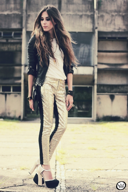 FashionCoolture - 07.02.2013 look du jour sequins pants Romwe clutch Boda Skins leather jacket Kafé Bracelets Asos (7)