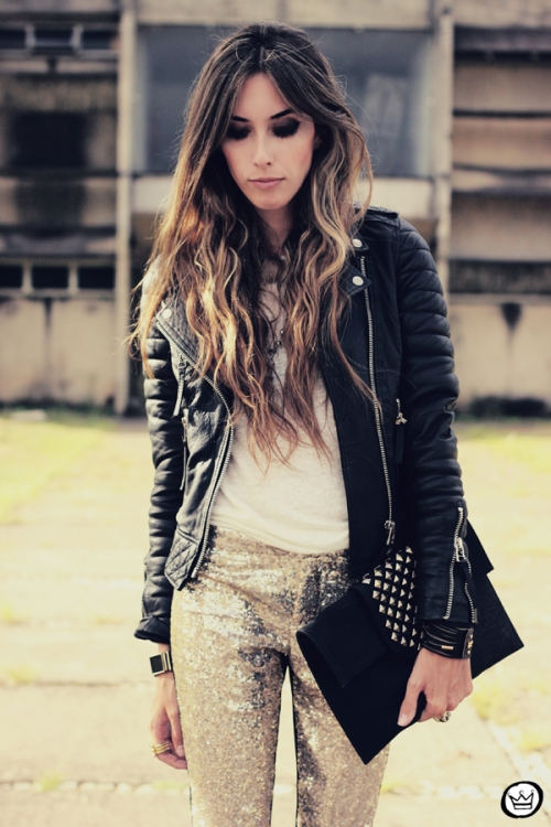 FashionCoolture - 07.02.2013 look du jour sequins pants Romwe clutch Boda Skins leather jacket Kafé Bracelets Asos (8)