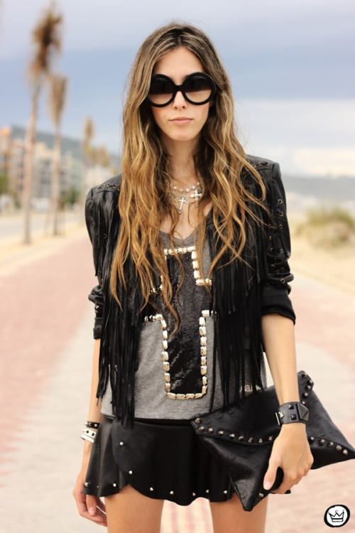 FashionCoolture - 16.02.2013 look du jour Labellamafia cross t-shirt Zara fringe  (2)