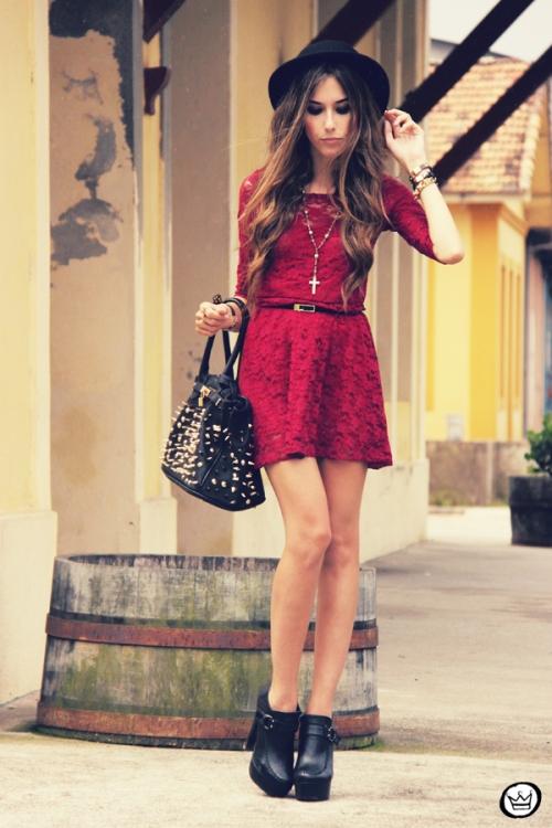 FashionCoolture - 22.02.2013 look du jour SheInside dress lace burgundy (4)