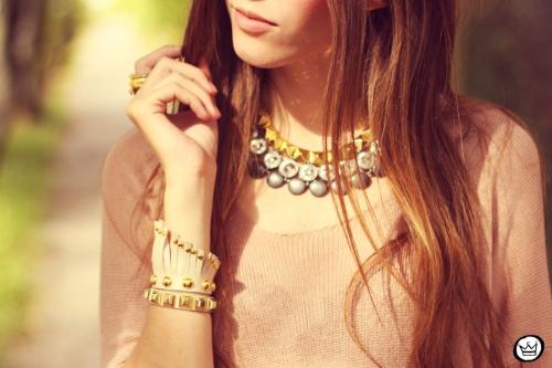 FashionCoolture - 27.04.2013 lok du jour Furor pink gold Kafé  (3)