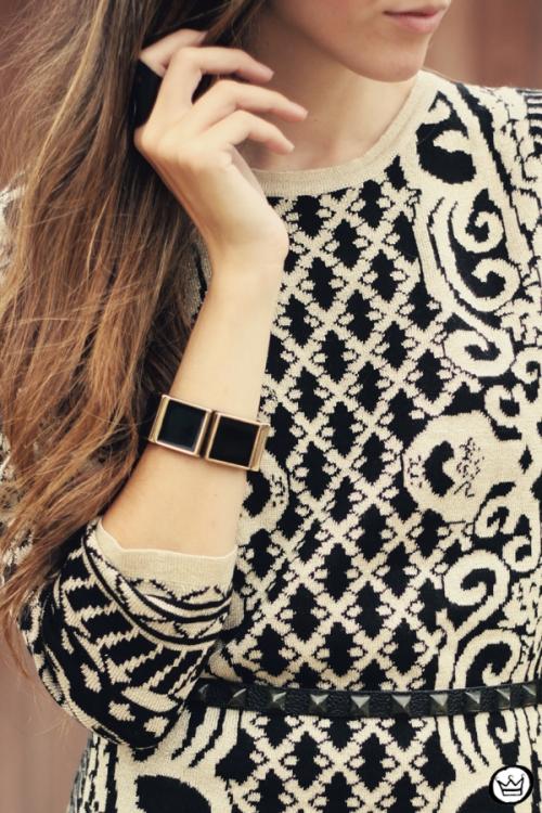 FashionCoolture - 29.04.2013 look du jour Romwe  dress barroque Schutz (5)