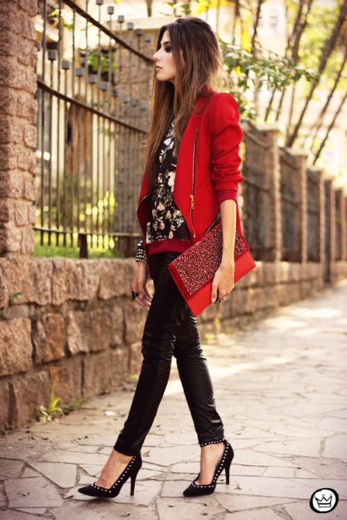 FashionCoolture - 03.05.2013 look du jour Damyller legging Asos jumper red (4)