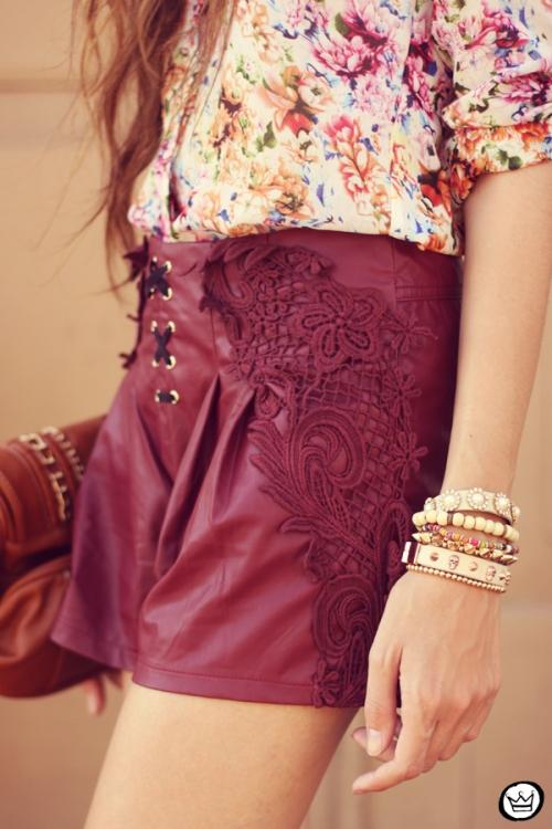FashionCoolture - 05.05.2013 look du jour burgundy Chicwish Renner floral  (6)