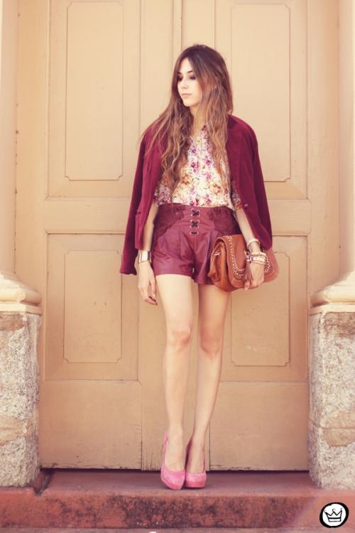 FashionCoolture - 05.05.2013 look du jour burgundy Chicwish Renner floral  (7)
