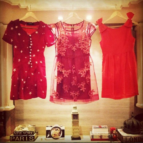 FashionCoolture Instagram dresses red pieces du jour