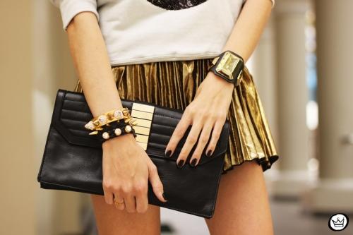 FashionCoolture - 19.08.2013 look du jour Ohkei moletom sequins jumper golden (3)