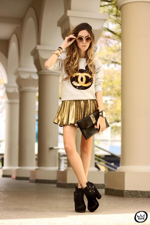 FashionCoolture - 19.08.2013 look du jour Ohkei moletom sequins jumper golden (4)