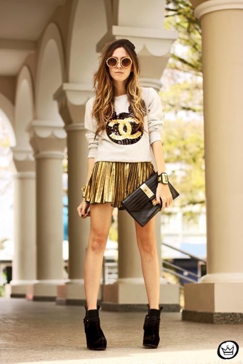 FashionCoolture - 19.08.2013 look du jour Ohkei moletom sequins jumper golden (7)