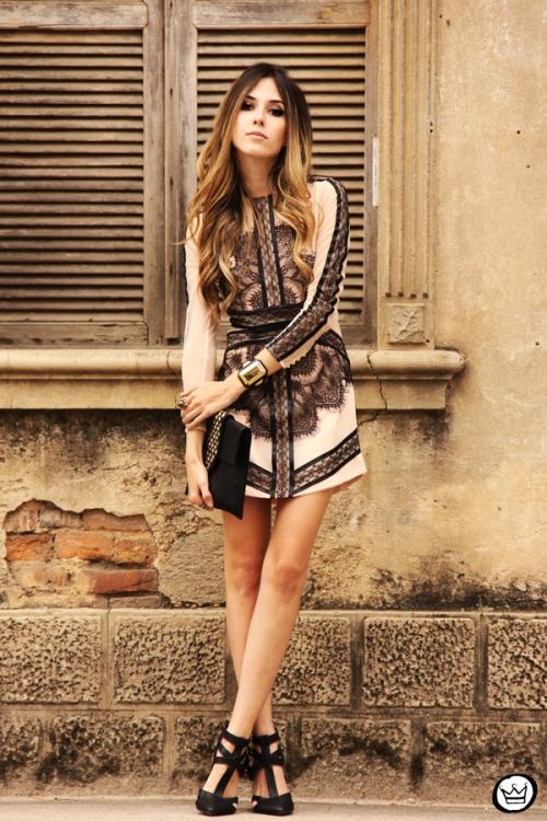 FashionCoolture - 23.09.2013 look du jour lace dress Choies (1)