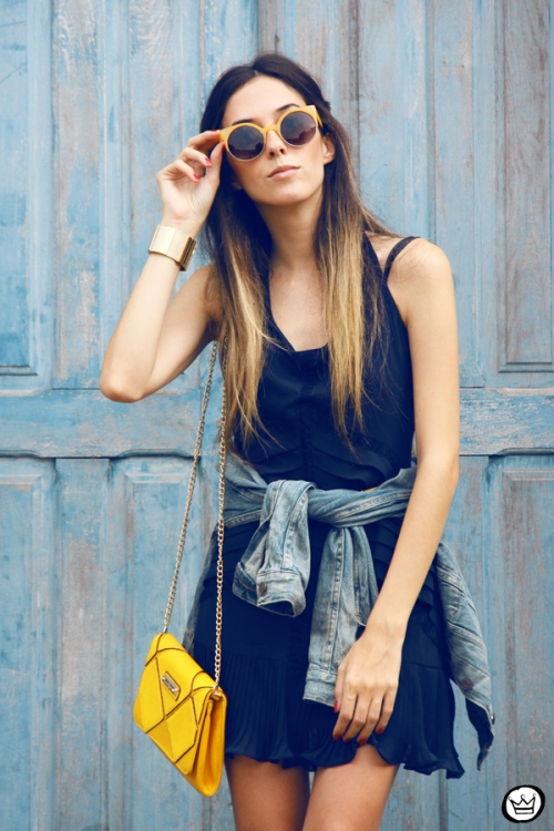 FashionCoolture - 04.05.2014 look du jour Lafe denim jacket navy blue dress yellow (2)