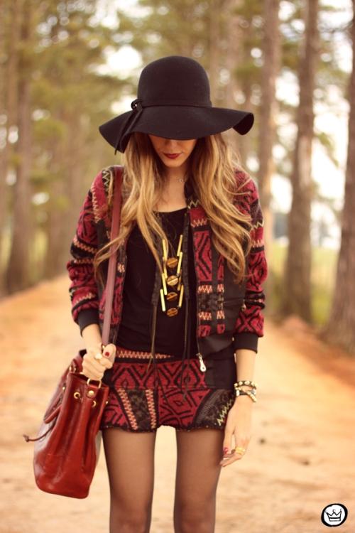 FashionCoolture - 15.05.2014 look du jour ethnic print suit (2)