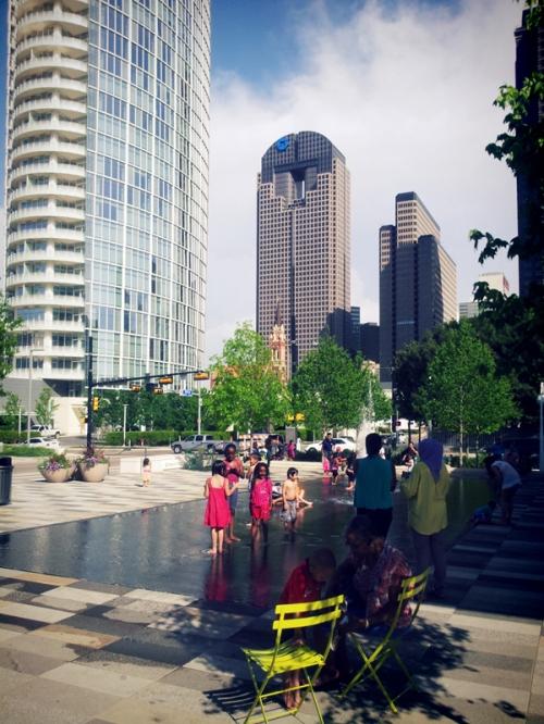 FashionCoolture Dallas Arts District Klyde Warren Park (5)