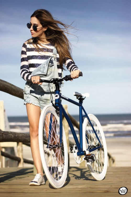 FashionCoolture - 18.06.2014 Black Flea fixed gear bike (1)