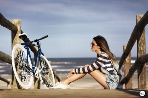 FashionCoolture - 18.06.2014 Black Flea fixed gear bike (3)