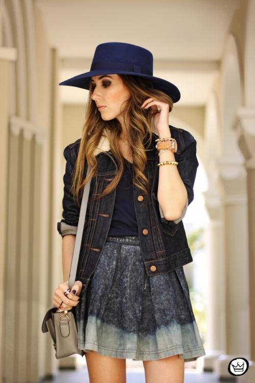 FashionCoolture - 21.07.2014 look du jour Gap blue denim (2)