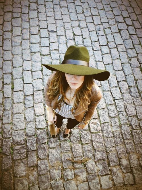 FashionCoolture hat Lack of Color