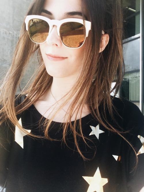 FashionCoolture - Instagram golden