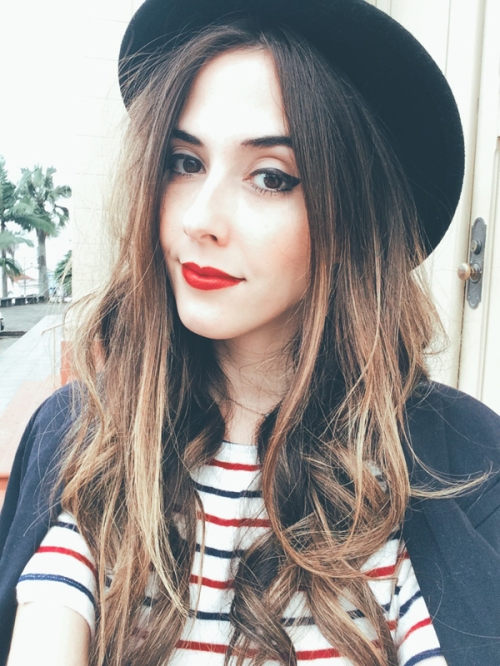 FashionCoolture - Instagram hat