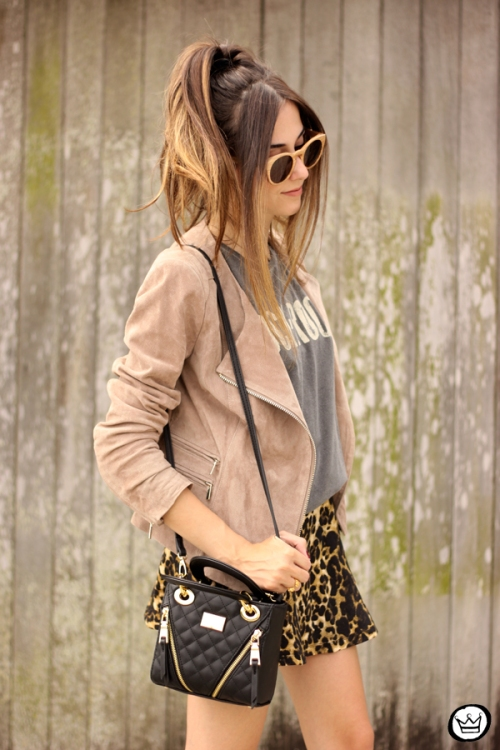 FashionCoolture - look du jour Dafiti leopard skirt leather jacket Santa Lolla boots (7)