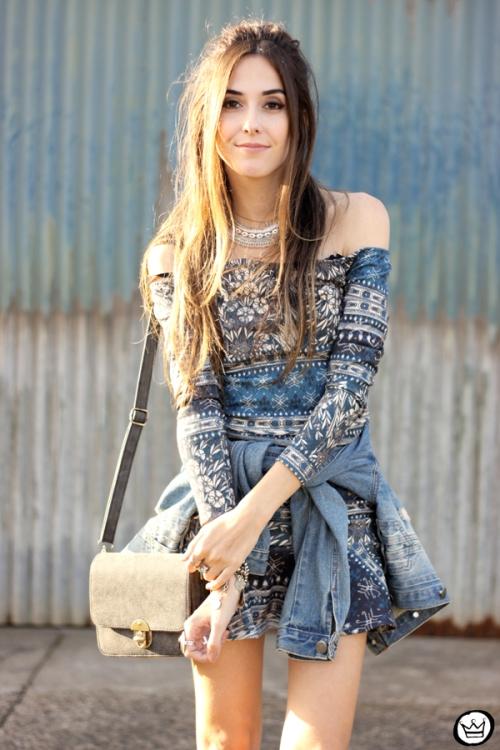 FashionCoolture - 27.04.2015 look du jour Triton vestido étnico jaqueta jeans (5)