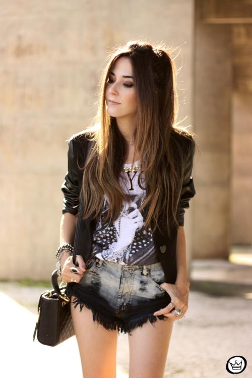 FashionCoolture - 28.04.2015 look du jour Moikana black denim shorts and tshirt  (4)