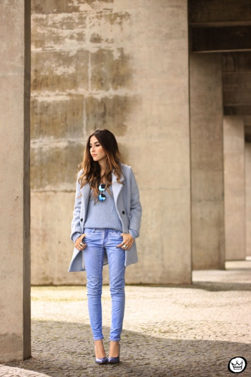 FashionCoolture - 13.05.2015 look du jour baby blue coat winter Gap monochromatic outfit (1)