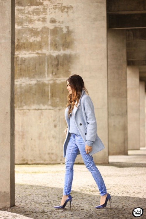 FashionCoolture - 13.05.2015 look du jour baby blue coat winter Gap monochromatic outfit (3)