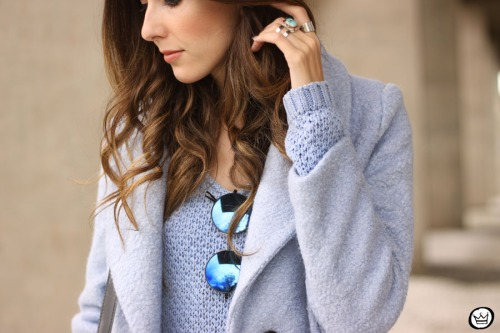 FashionCoolture - 13.05.2015 look du jour baby blue coat winter Gap monochromatic outfit (5)